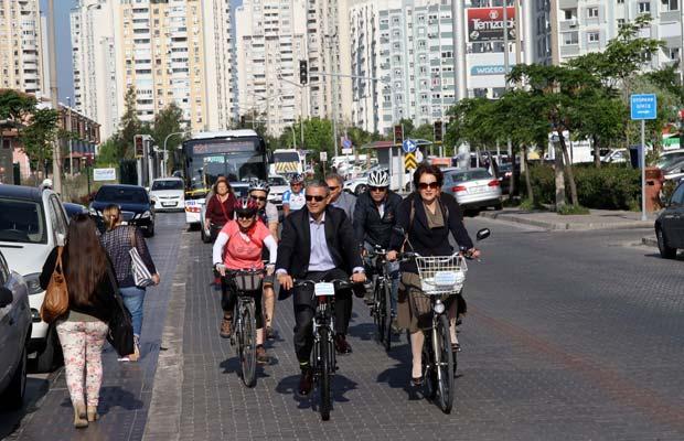 mavisehir-dergisi-baskan-bisiklet2